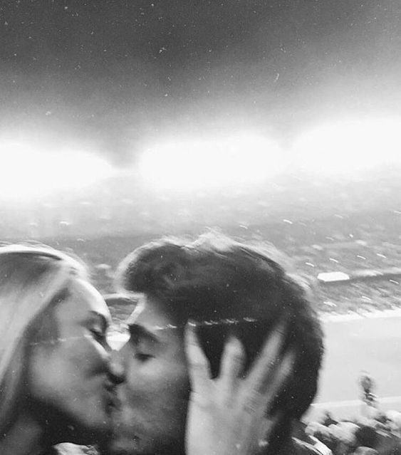 Cute Couple Goals Blurry Black And White Aesthetic Cute