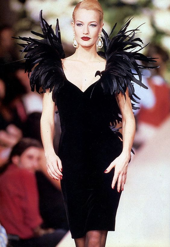 Karen Mulder - YSL,  Haute Couture!  Runway Fall / Winter 1995