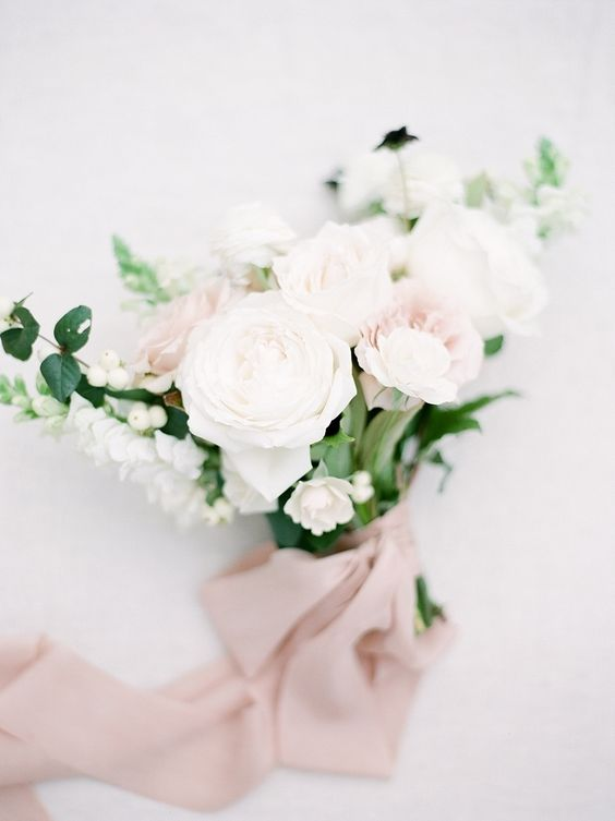 Blush rose wedding bouquet: Photography : Julie Paisley Photography Read More on SMP: http://www.stylemepretty.com/virginia-weddings/2017/02/16/this-ceremony-spot-will-stop-your-heart-its-that-good/