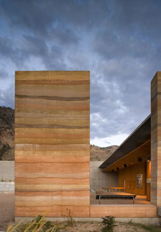 Rammed Earth Construction: 15 Exemplary Projects | ArchDaily