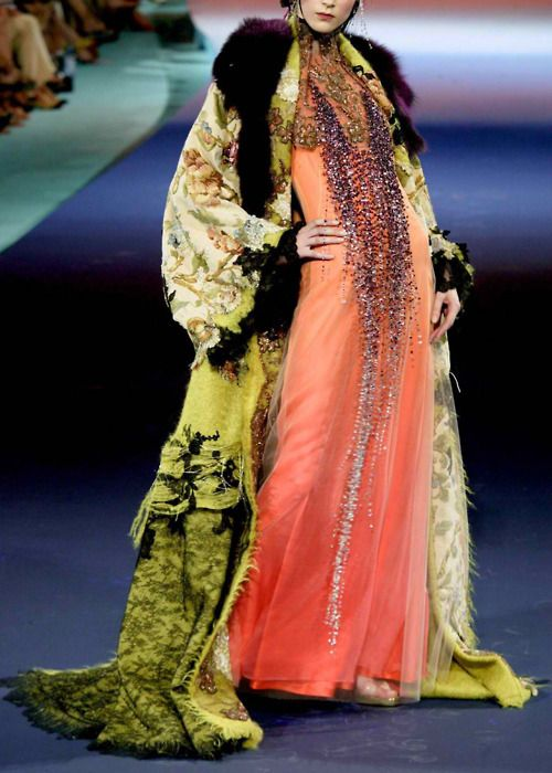 Christian Lacroix Couture | ... : flashback : Christian Lacroix Fall/Winter 2003/2004 Haute Couture