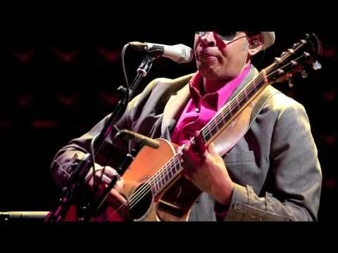 Raul Midón - Sunshine @ Joe's Pub NYC - YouTube