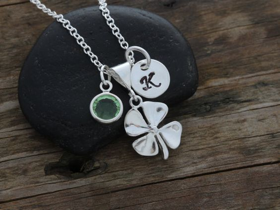 STERLING Silver Clover Necklace Personalized di LifeOfSilver
