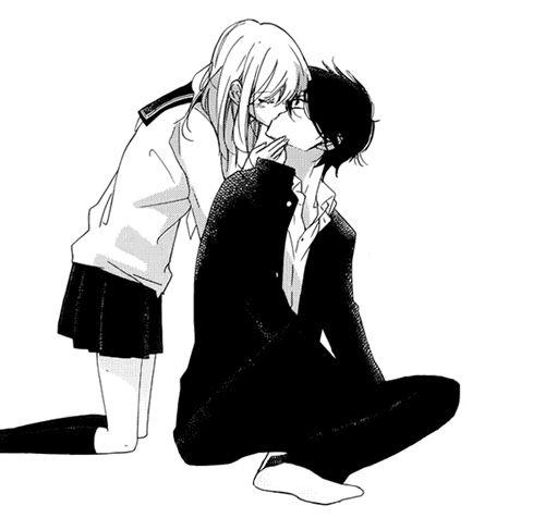 девушки целуются с девушкой фото