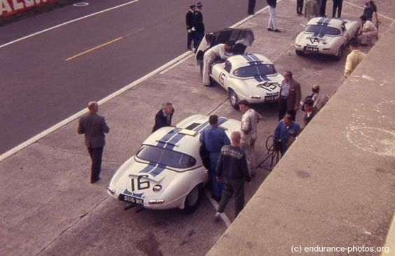 1963 .. Le Mans .. No.16 Briggs Cunningham (USA) entered lightweight , drinev by Paul Richards(USA) and Roy Salvadori(GB) .. DNF>Fire .. No. 14 Briggs Cunningham entered lightweight driven by Augie Pabst(USA) and Walt Hansgen(USA) .. DNF>gearbox .