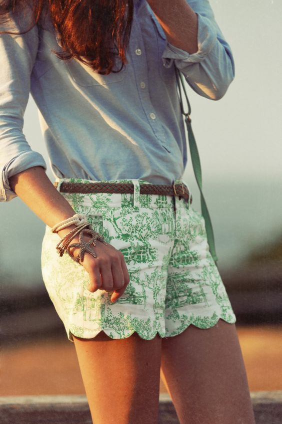 Love these printed, scalloped shorts, cute!!