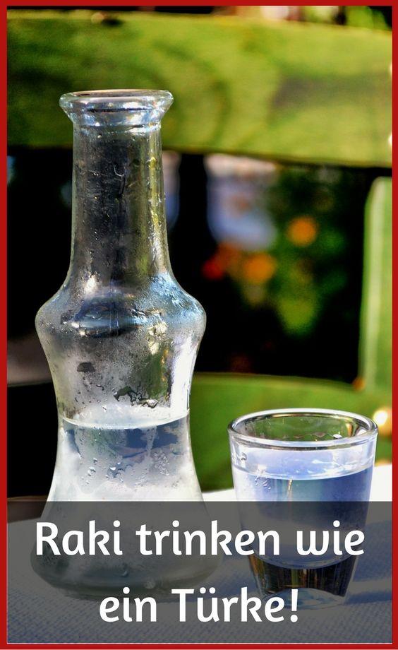Raki trinken wie ein Türkei! So mischst du ihn ohne Geschmacksverlust mit Eiswürfeln und Wasser zusammen, die bekanntesten Raki-Marken, ... http://www.tuerkeireiseblog.de/raki/