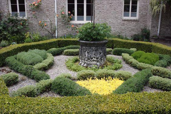 Kitchen Bouquet: Sunday stroll at Lakewold Gardens