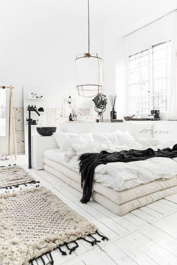 white bedroom bohemian Shabby chic carpet decor rustic bedroom design boho bedroom bohemian bedroom