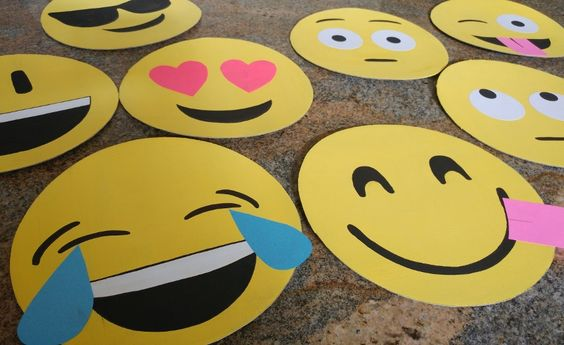 How to Make Cardboard Emoji Faces, you can use this easy recycled craft for party decorations, photo booth props, or even Halloween masks.: