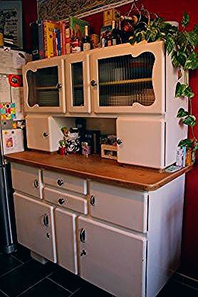 Omas Altes Kuchenbuffet Von Vintage Feffi Retro Kitchen Appliances Kitchen Buffet Vintage Kitchen