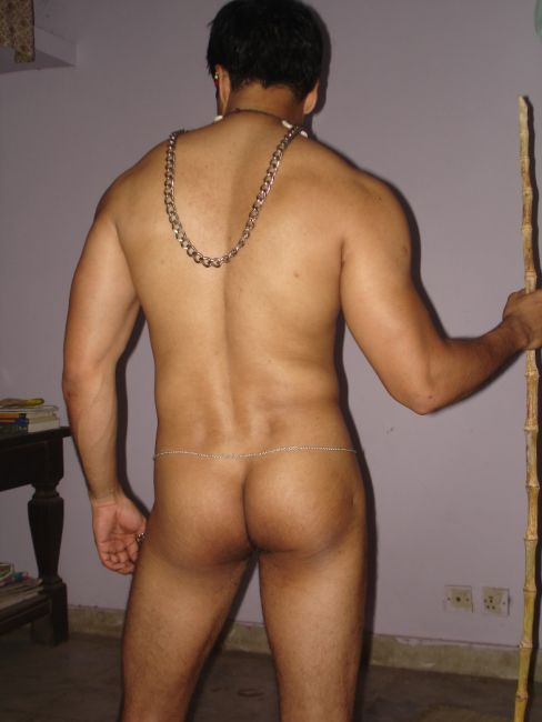 Desi male naked pic