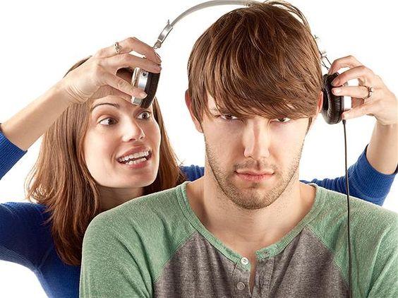 Creatista models Tara and Hank at MSN Lifestyle, Germany.