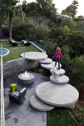 Round cement garden stairs: