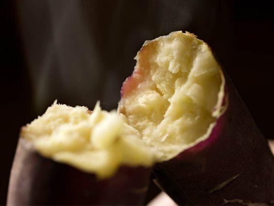 石焼き芋を再現した甘くておいしい焼き芋です。