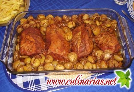 Na época de São Martinho as castanhas assadas abrilhantam este delicioso prato de lombo. Site de Culinaria em portugues