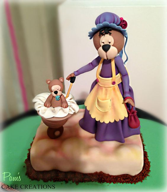 Miss Polly cake topper - Cake by Pamela Iacobellis