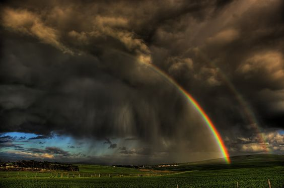 31 Amazing Rainbow Photos That Will Definitely Wow You | Design Inspiration | PSD Collector