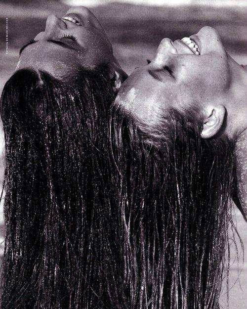 Vogue Italia (1989) Models: Yasmin Le Bon & Estelle Lefebure