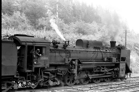 Japanese Steam Locomotive.  Type D51石北本線