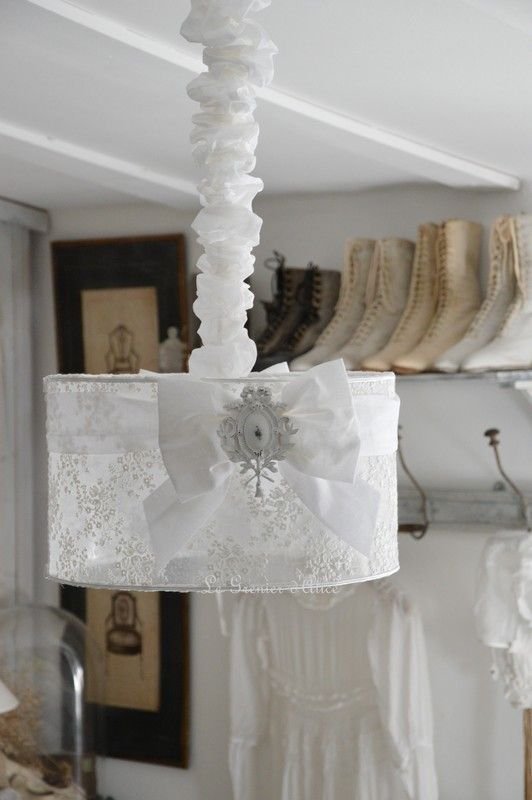 Suspension voile de mari e abat jour shabby chic lampshade for Shabby romantique