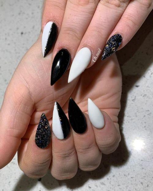 Acrylic Nails Stiletto Nails Black Nails White Nails Nail Art Acrylic Nails Stiletto White Stiletto Nails White Acrylic Nails
