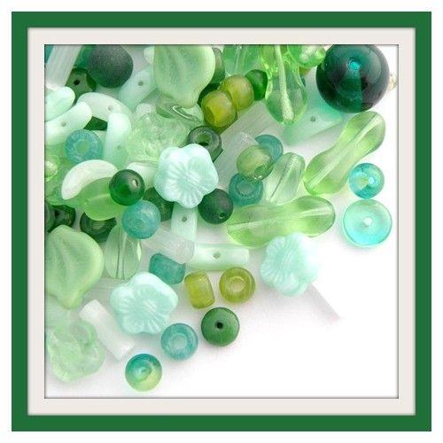 Vegyes cseh préselt üveggyöngy zöld 25g - GYÖNGYÖK - Cseh - Csinálj Ékszert! webáruház