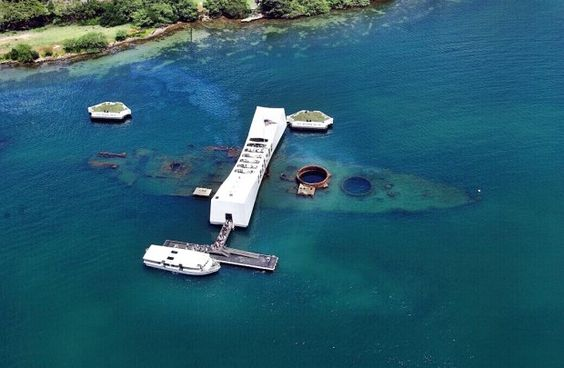 Pearl Harbor - USS Arizona Memorial - Honolulu