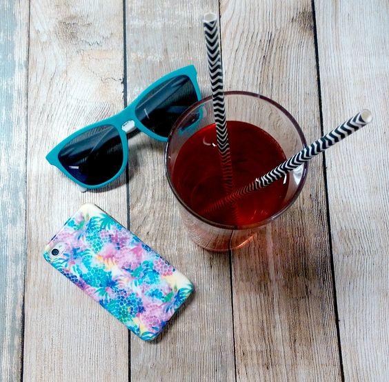De zomer kan beginnen met dit tropische ananas hoesje om je iPhone 4/ 4s! #summer #pineapple #tropical #fruity #health #fresh