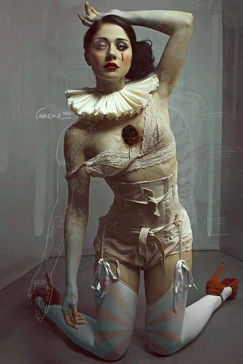 twenty1-grams:  Model: Dolly Lamour  Photo, editing: Cunene