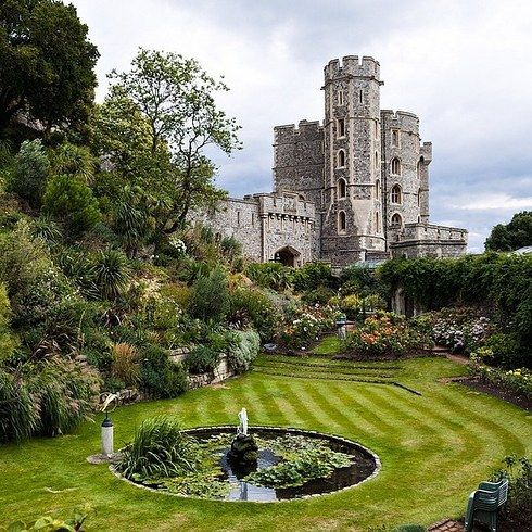 Make sure to see Windsor Castle, of course. For sunny days, the Savill Garden is another must. Grab a pint at The Duchess of Cambridge, where else?