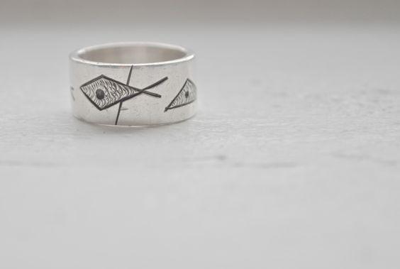 Everett Macdonald Fish Ring