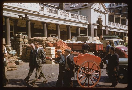 Jun. 28, 1961 • Covent Garden fruit and vegetable market -head of Southhampton St. • London, England, United Kingdom • From Charles W. Cushman Photograph Collection