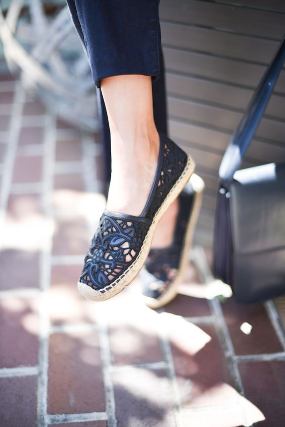 Blogger @9to5chic wearing Tory Burch Espadrilles: