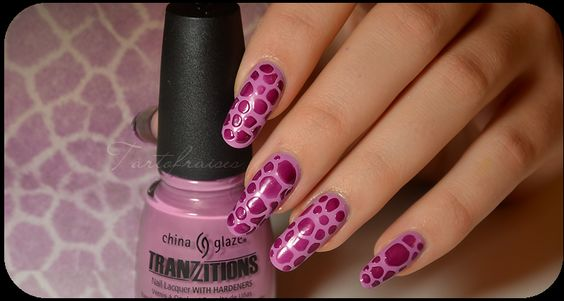 Nail Art - Nail art Fleurs Top… - Nail art Cristal… - China Glaze… - * Tartofraises : Nail Art sur ongles naturels *