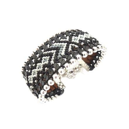 Manchette bracelet brésilien