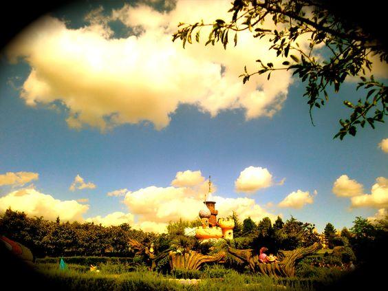Alice In Wonderland ; Disneyland Paris