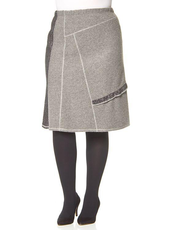 Rock in grau. Klielanger Damenrock von Pauporté - angenehmes Material - elastischer Bund - leicht ausgestellte Form - integrierter Unterrock Farbe: grau Material: Obermaterial: - 45% Polyacryl - 30% Polyester - 25% Wolle Unterrock: - 50% Polyacryl - 50% Wolle