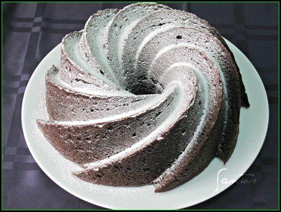 Las Tentaciones De Los Santos: CHOCOLATE STOUT BUNDT CAKE