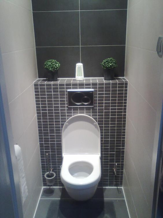 Wc gris et blanc la salle de bain pinterest toilettes tuile et photos for Amenagement toilette