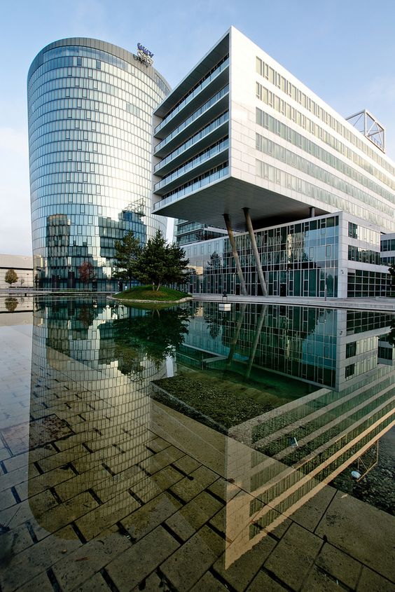 https://flic.kr/p/pPzpU2 | Plus Zwei | Austria, Wien, Office