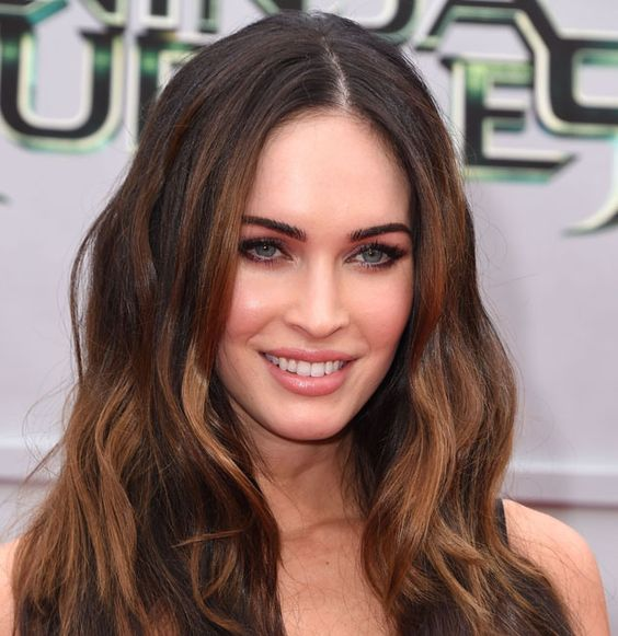 Transformers star Megan Fox is returning to her TV series roots, signing on for a recurring role on the upcoming fifth season of the FoxcomedyNew Girl. Fox will play Reagan, a gorgeous, straight-...