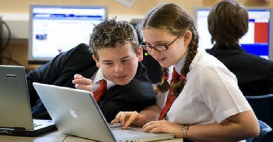 Thế hệ mới học tập qua internet