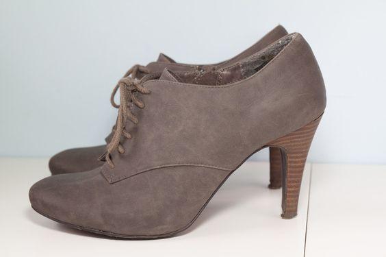 Graue Ankle Boots - kleiderkreisel.de