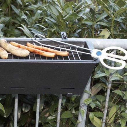 BBQ Bruce Geländergrill: A grill for HAND RAILS!