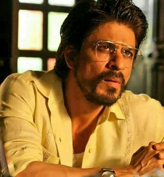 Bollywood Actor Shahrukh Khan Handsome Movie Photos Wallpapers Style Gorgeous Man Stunning Looks Hottest Images Pics Hd Bollywood Actors Actors Shahrukh Khan