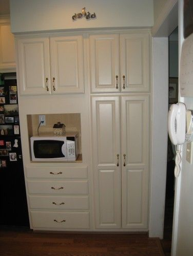 Laura S Kitchen This Is The New Built In Pantry Cabinets