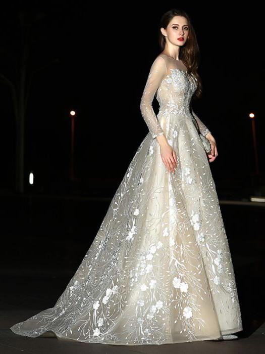 Chic Ball Gown Wedding Dress