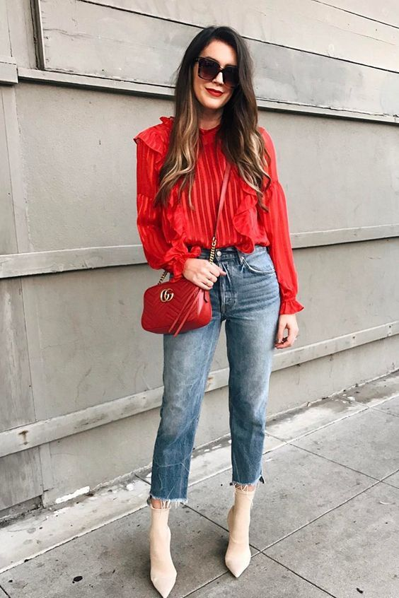 Color Trend: A cor mais quente no Outono 2017 in Colourful Girl Red Shirt *Clique para ver post completo*