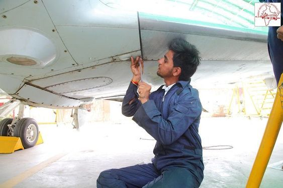 Best Aircraft Maintenance Engineering Ame Colleges In Mumbai Aircraft Maintenance Engineer Aircraft Maintenance Engineering Courses